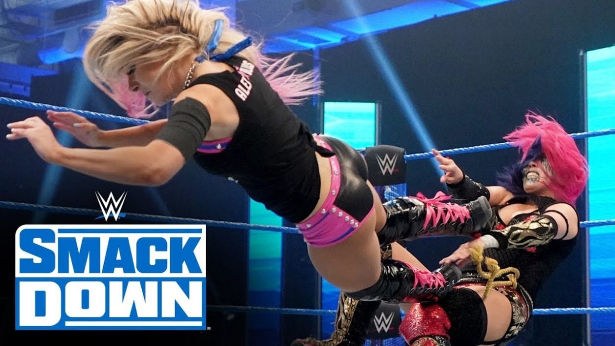 Alexa Bliss takes on Asuka in an impressive one on one match