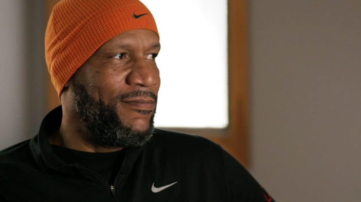 Ron Harper reacting to the shot