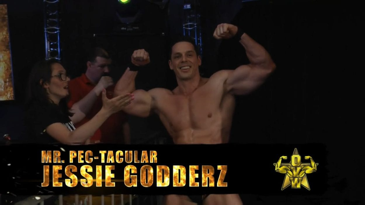 Mr Pectacular Jessie Godderz flexes his muscles for the OVW fans